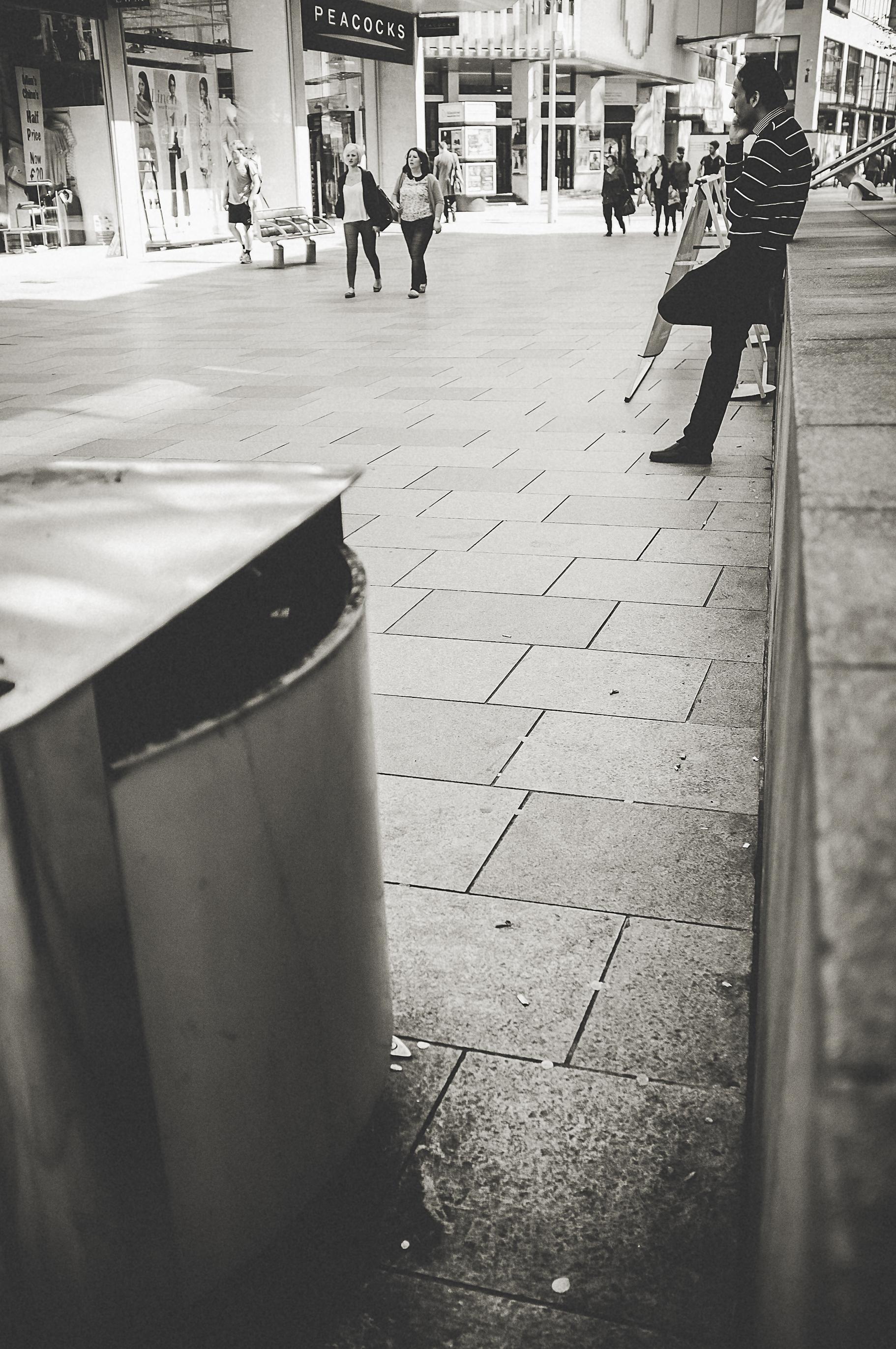 cardiff_street_photography_with_the_fuji_x100-30.jpg