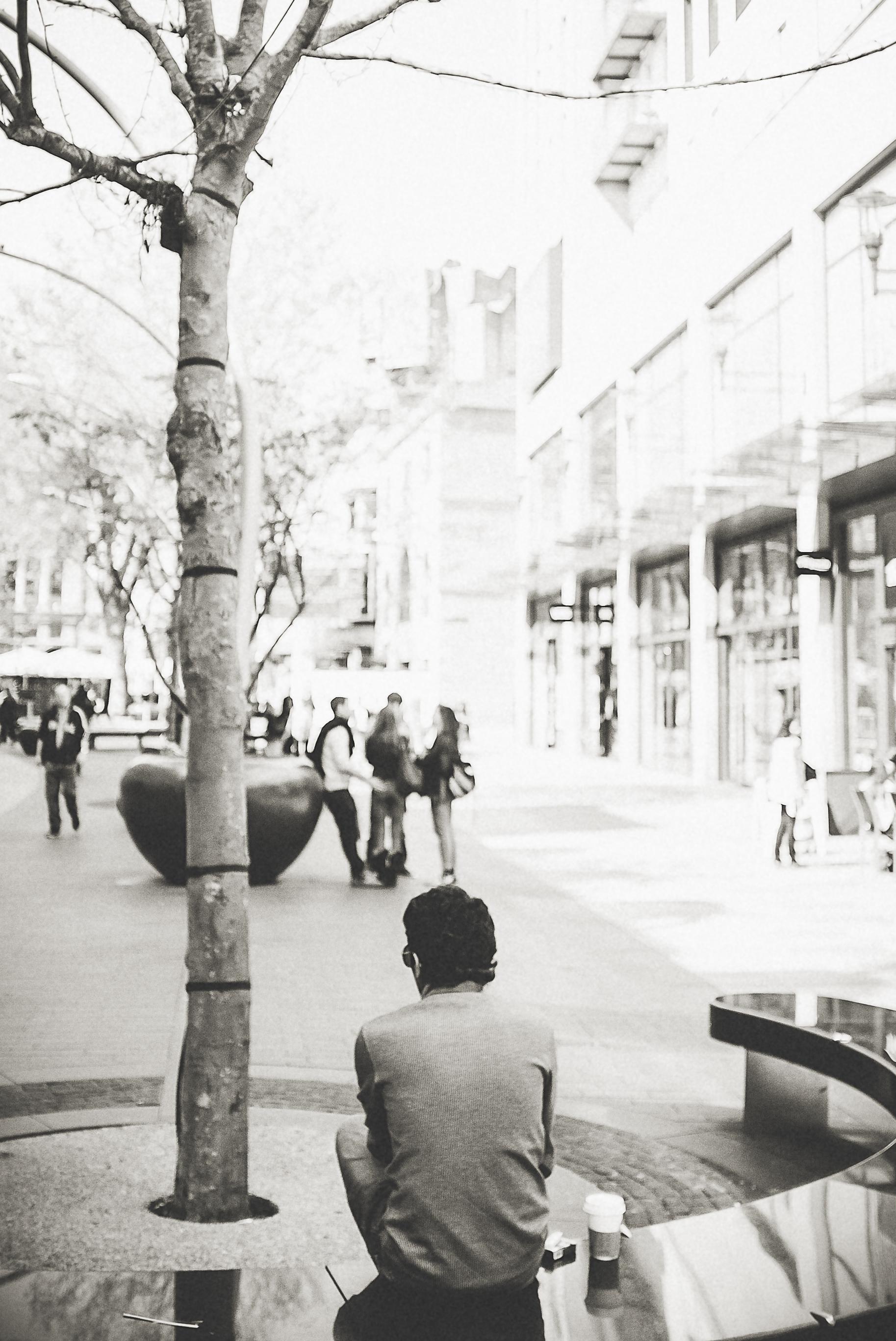 cardiff_street_photography_with_the_fuji_x100-29.jpg