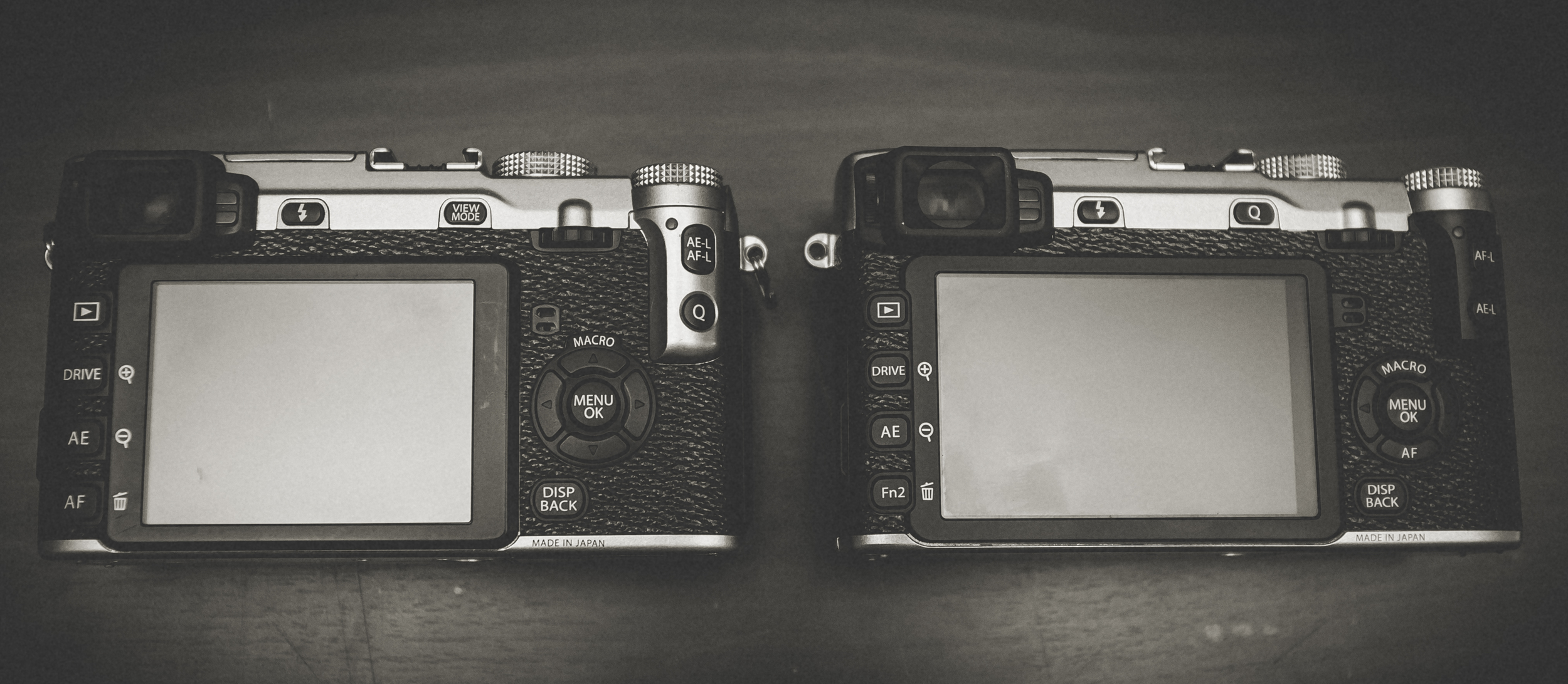 Side by side the Fuji XE1 & XE2 are almost identical but inside the differences are night and day.