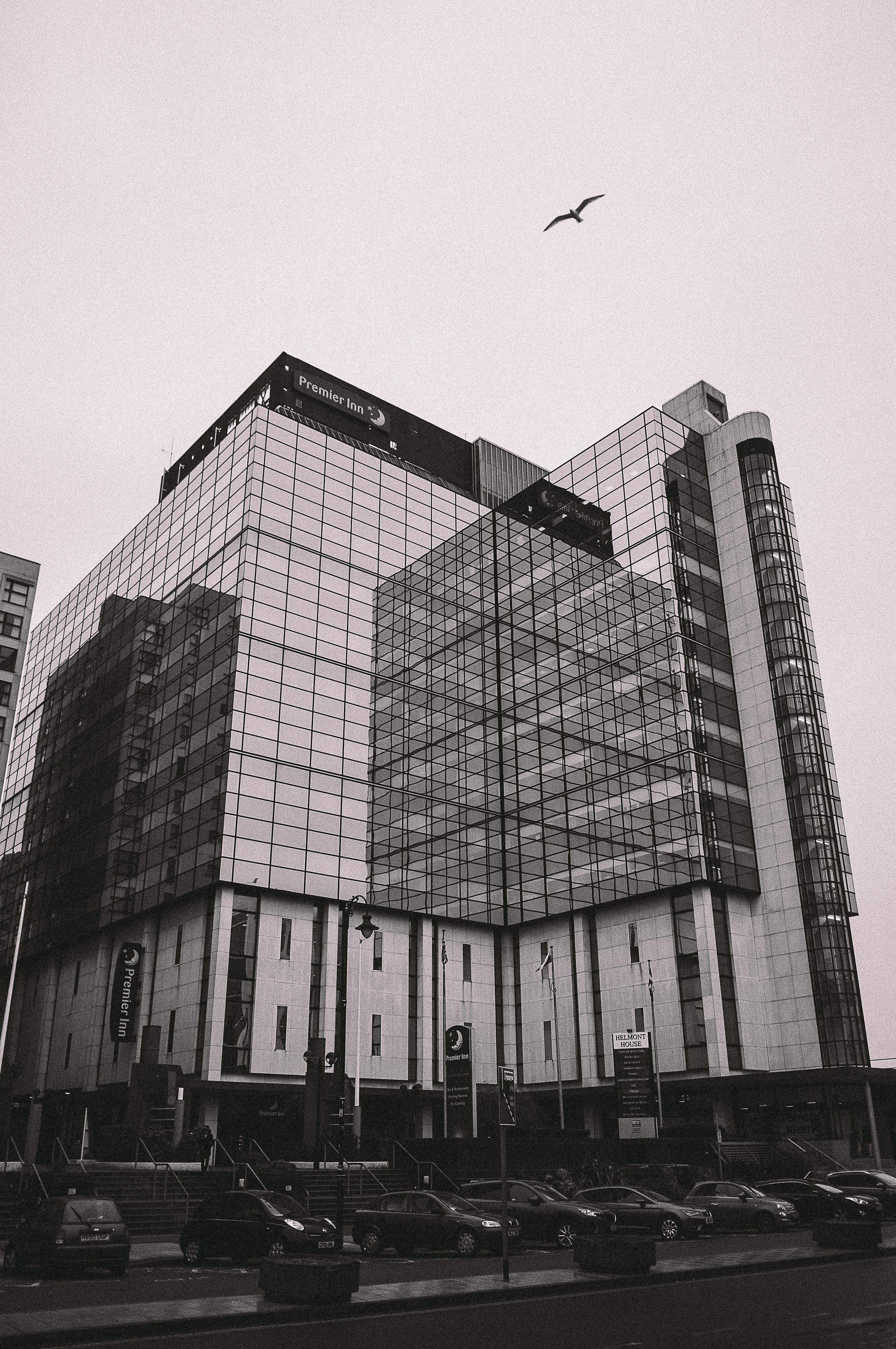 Cardiff Street Photography-1-4.jpg