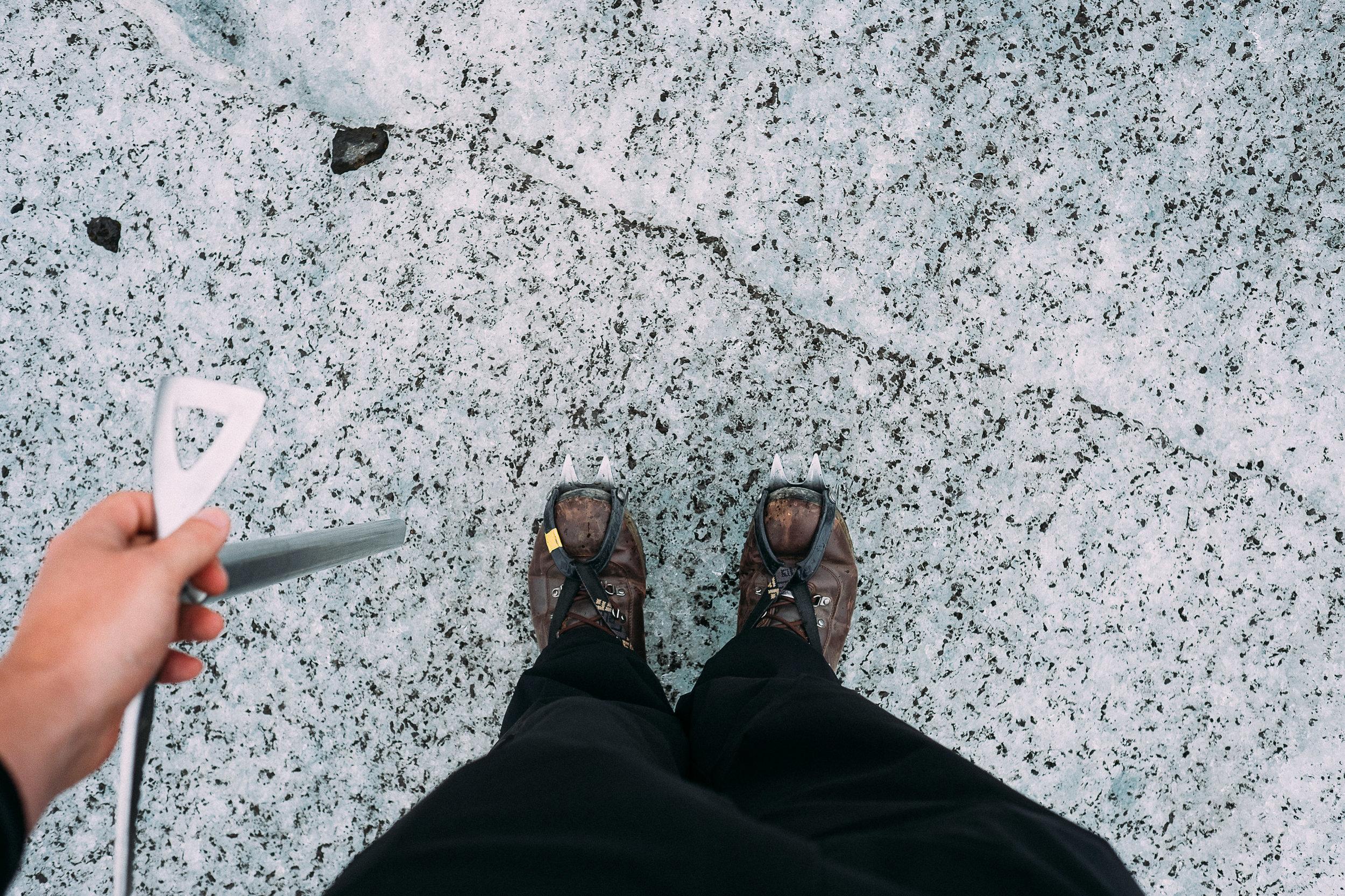 iceland feet-19.jpg