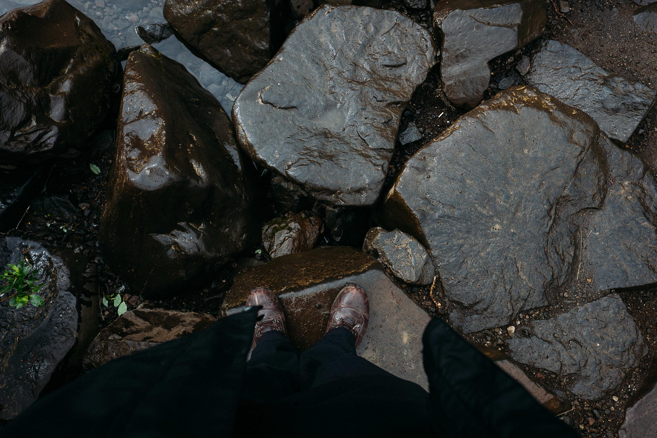 iceland feet-21.jpg