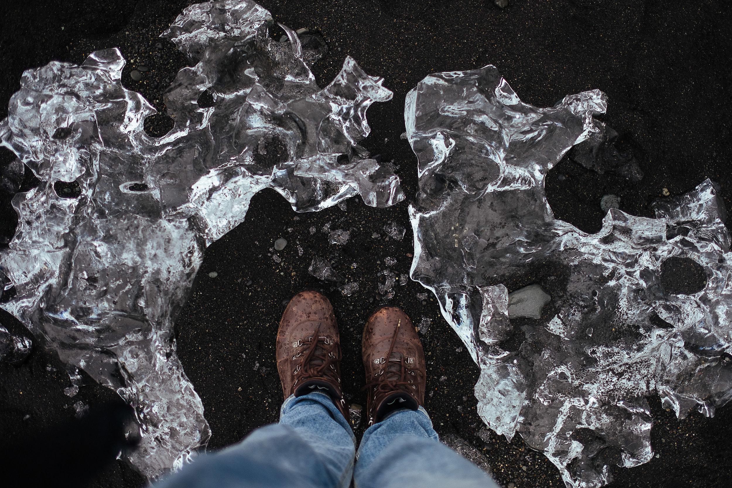 iceland feet-22.jpg