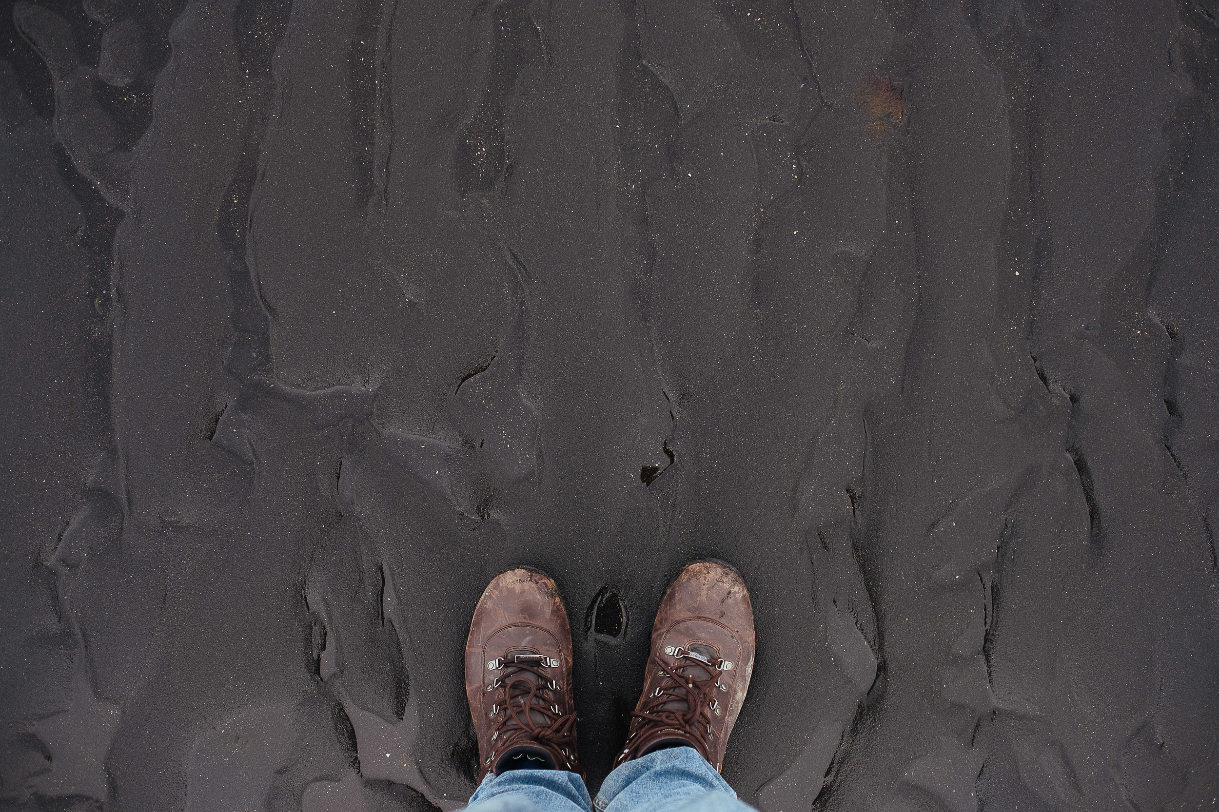 iceland feet-29.jpg