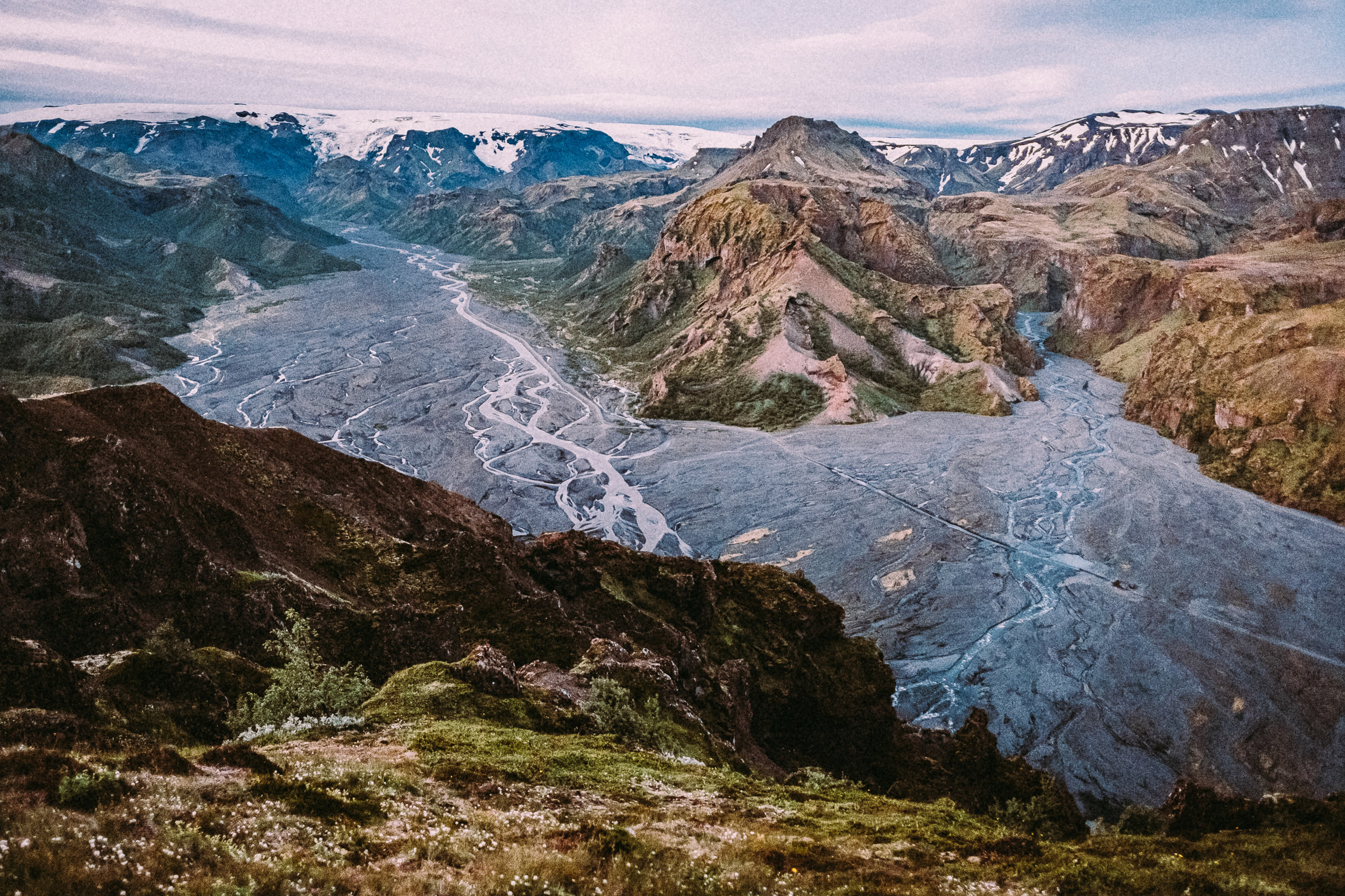 Porsmork [Thor's Valley] This is the view from Valahnjúkur -  [63.7122545,-19.5432259]  Fuji X-H1 + 16mm 1.4 lens