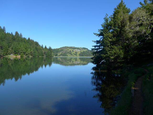 Easy Lake