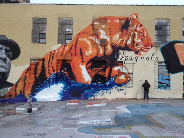 32.-Tiger-35x50-NY-NY-2013.jpg