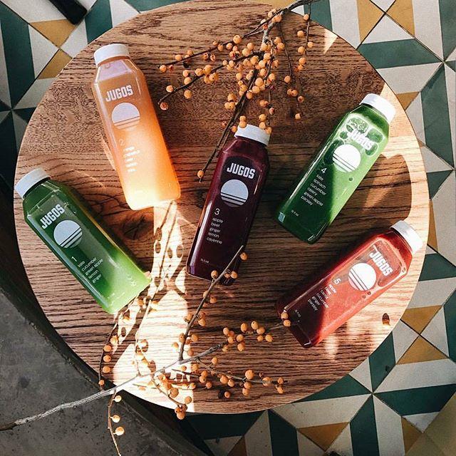 cleanse por $39/day (6 bottles) order link in bio #jugos #detox #buenasvibes #visitjugos