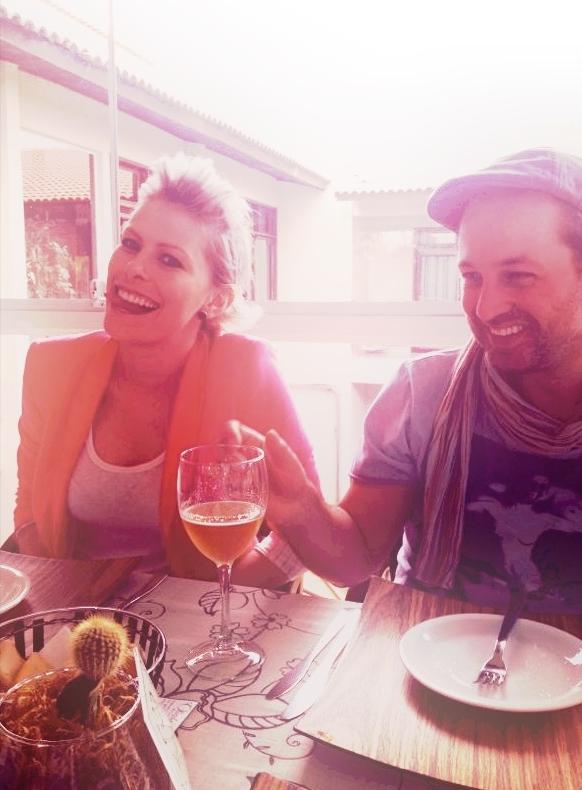 Nossa primeira foto juntos, tirada no domingo pela Cassiana. Ele ainda usava boininha!