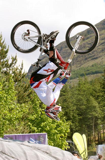 20100606_Greg Minnaar_Fort William World Cup DH-3.jpg
