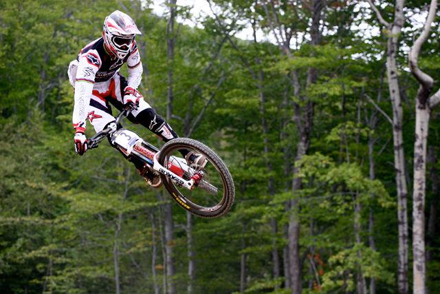 20100905_Greg Minnaar_Mont St Anne World Champs DH-1.jpg