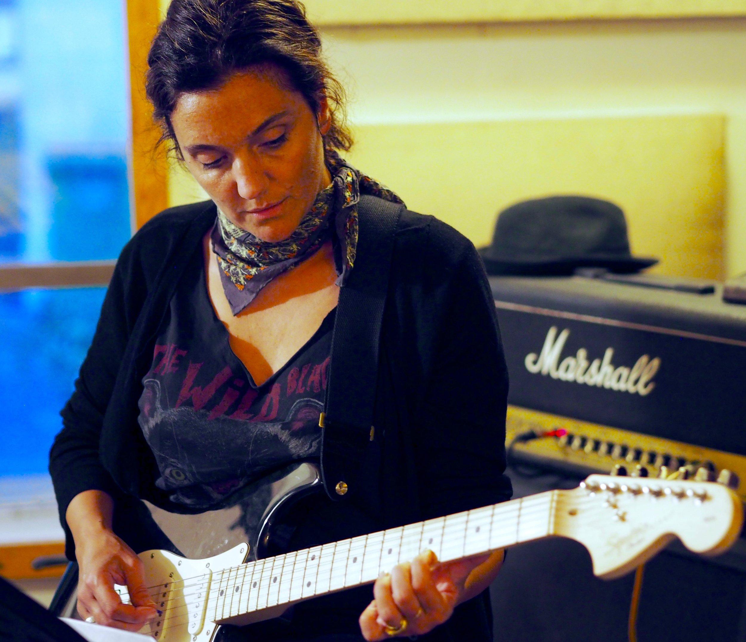 Paris Adults Rock Program Woman Plays Guitar