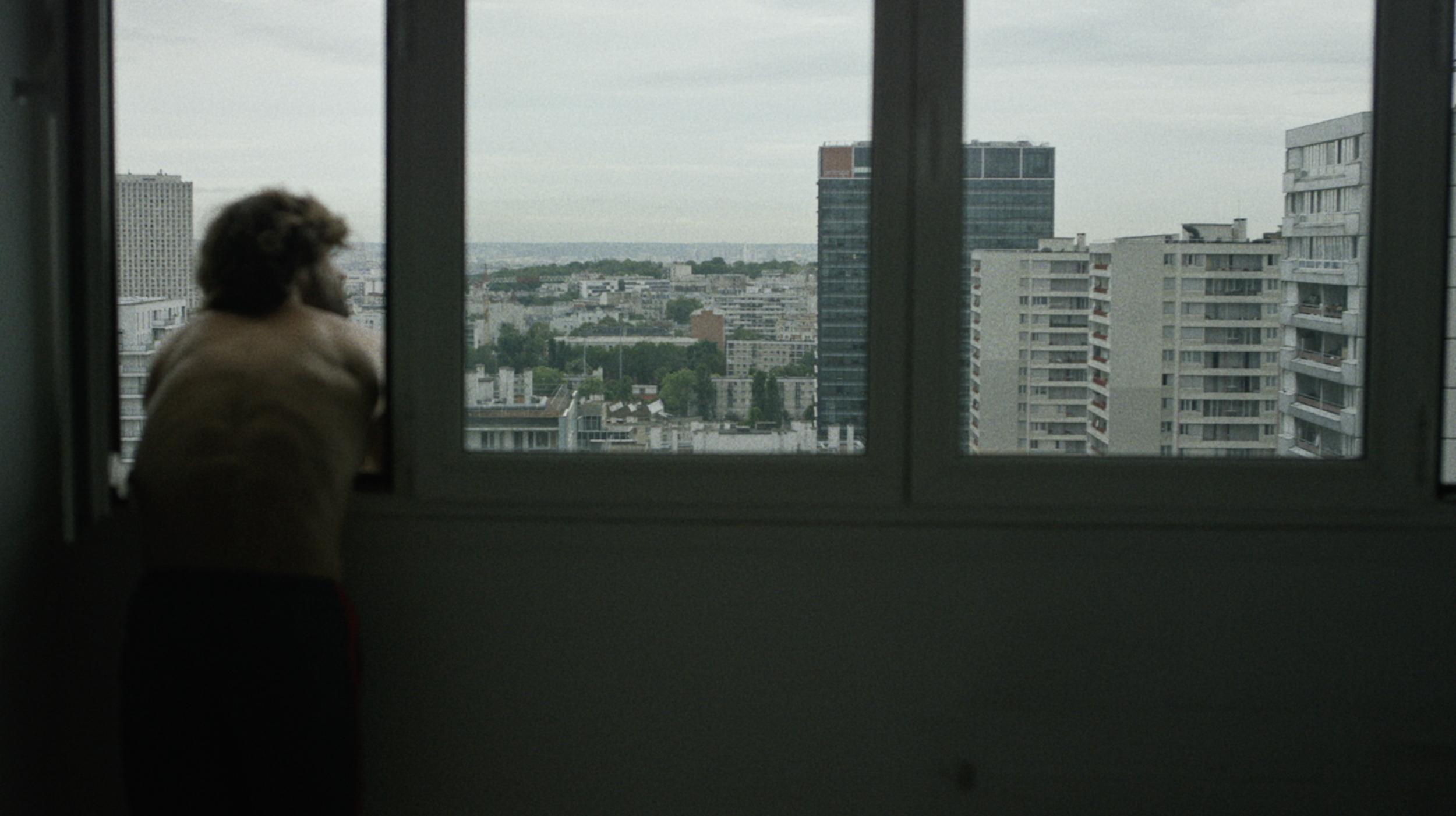 PARIS LOVES US:capture28.png