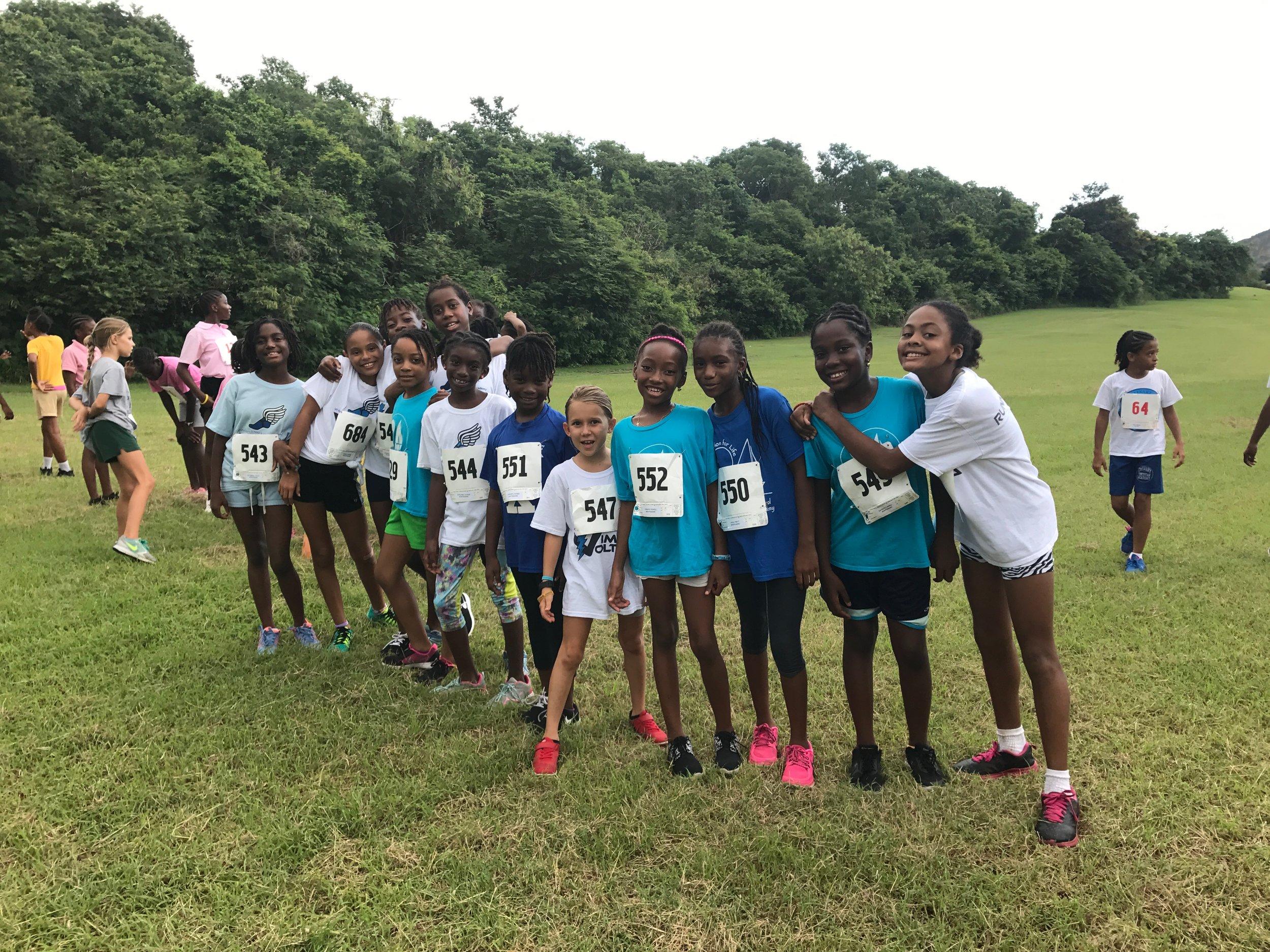 Elementary Girls Cross Country Runners