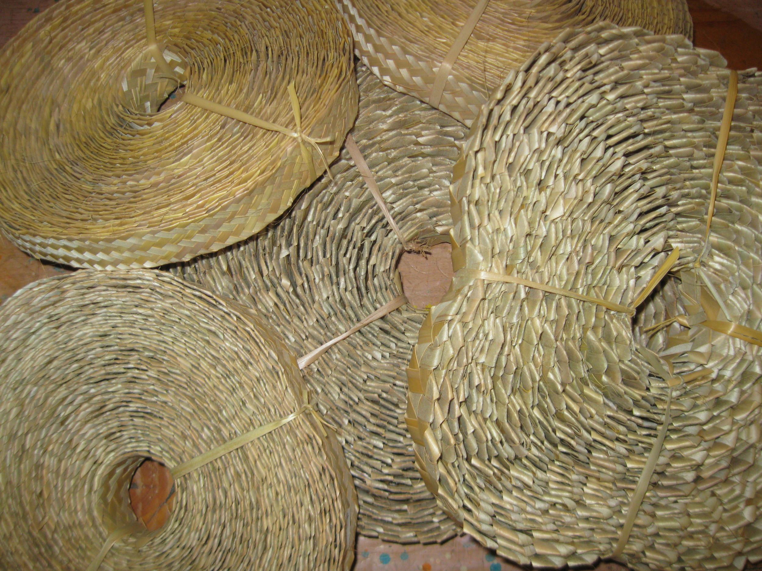 straw plait rolls 001.jpg