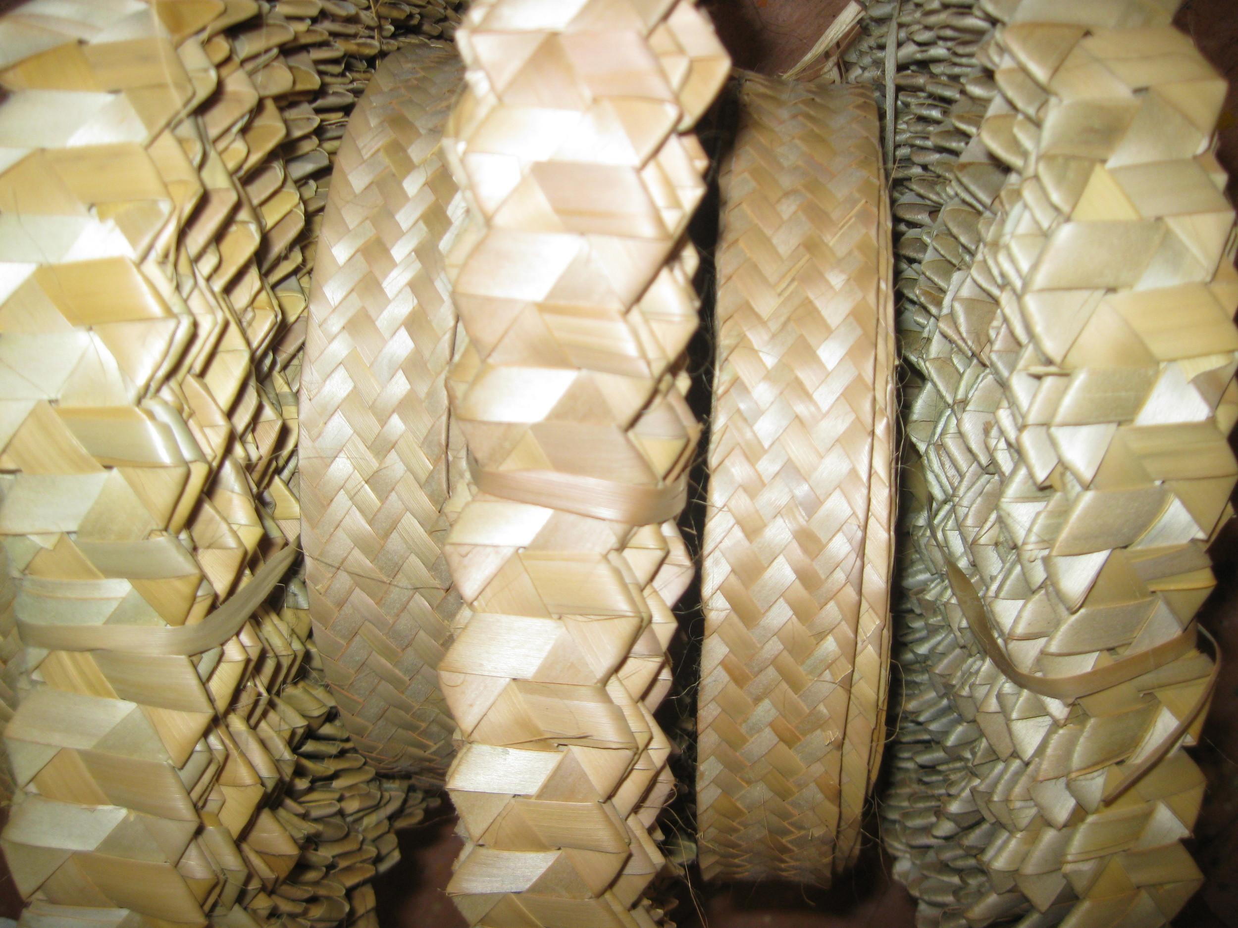 straw plait rolls 005.jpg