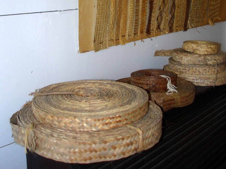 Rolls of plait for sewing hats and bags