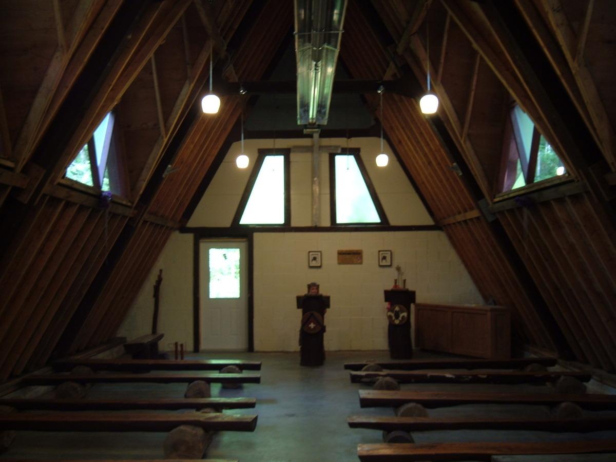 chapel02.jpg