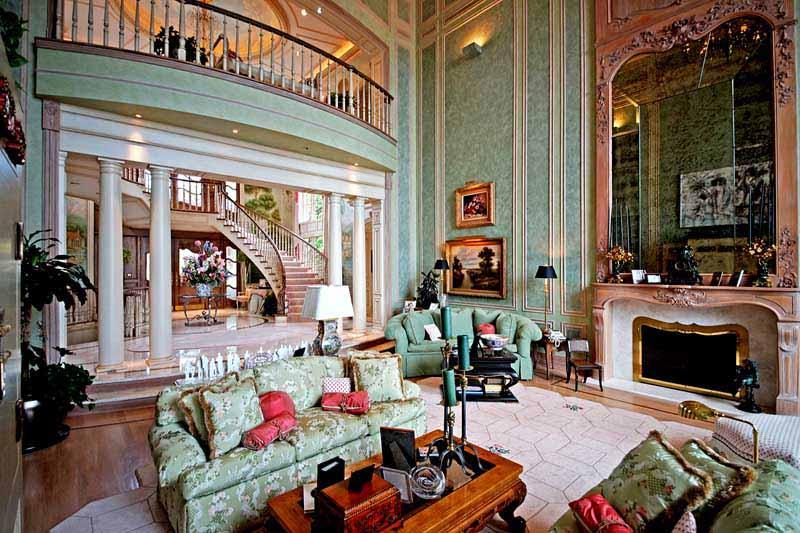 Art Vans House Interior .jpg