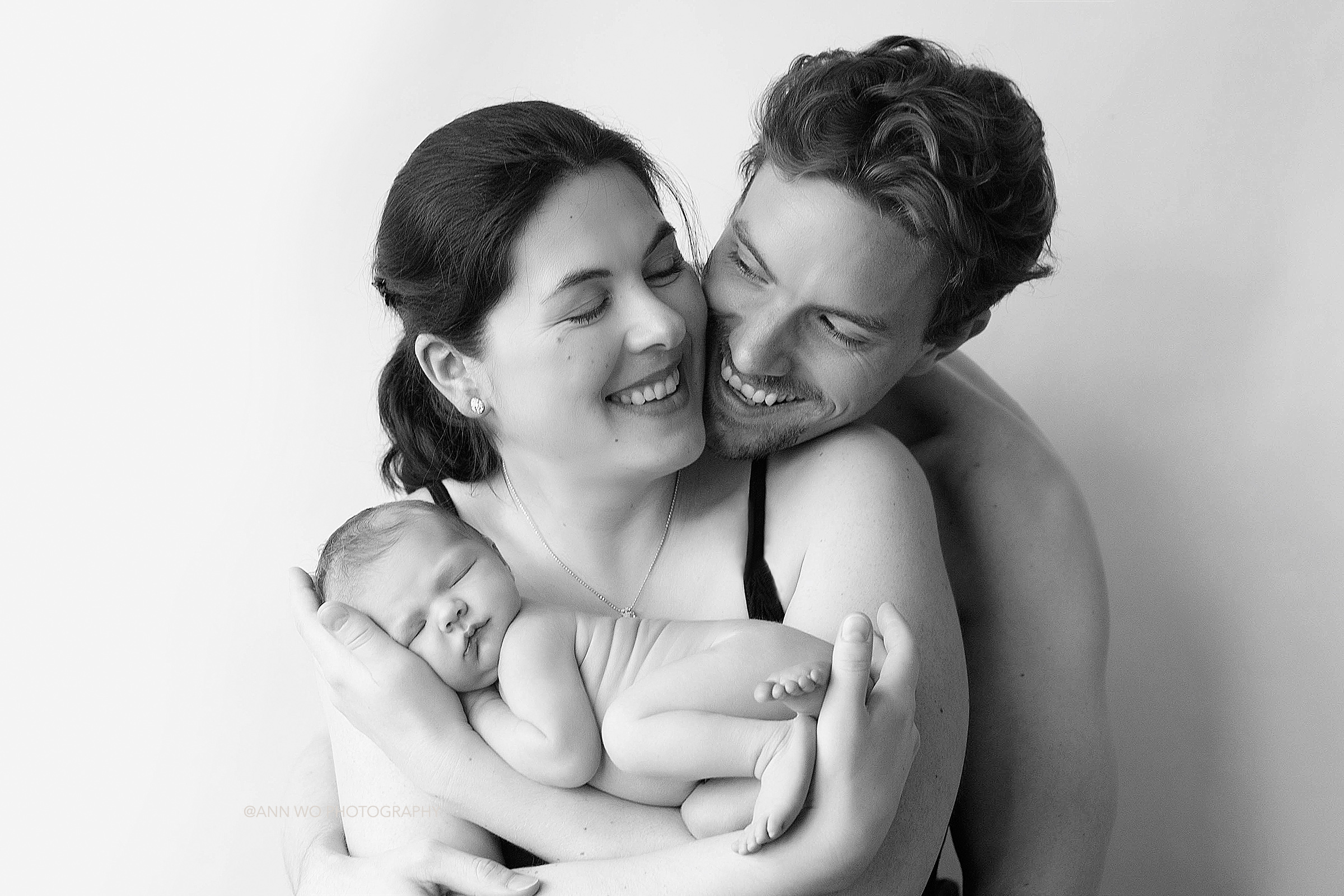 ann wo photography specialising in newborn babies