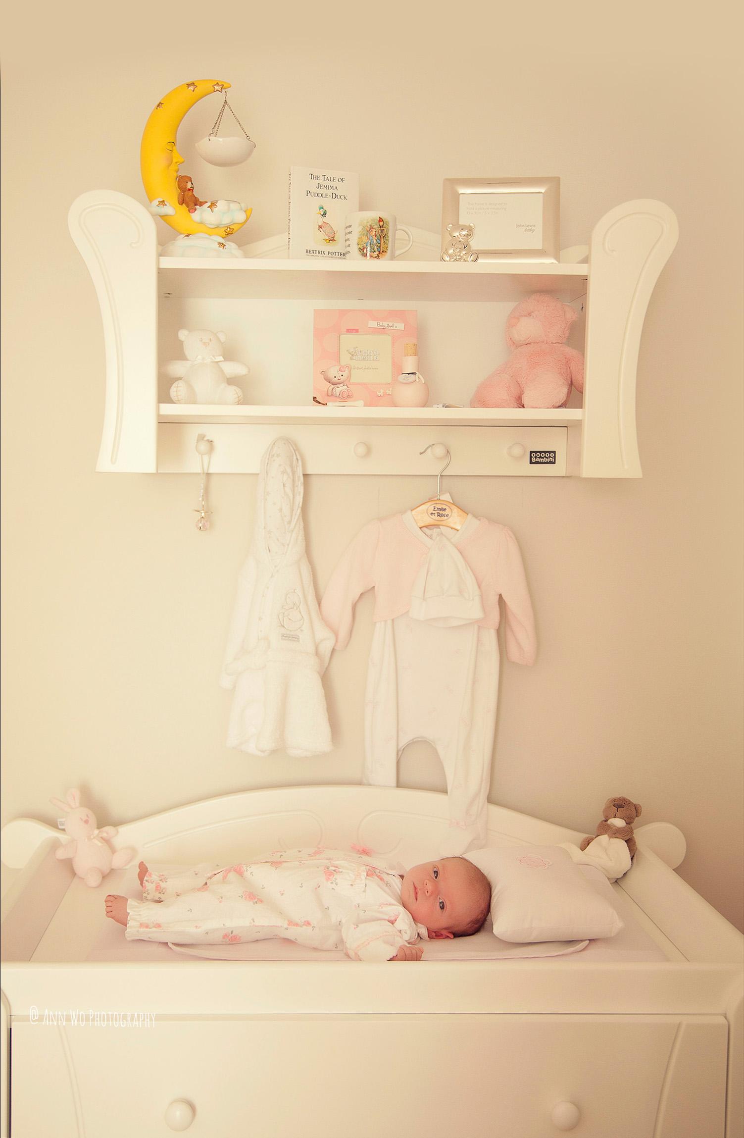 newborn-photographer-west-london-home-session-ann-wo23.jpg