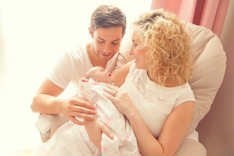 newborn-photographer-west-london-home-session-ann-wo28.jpg