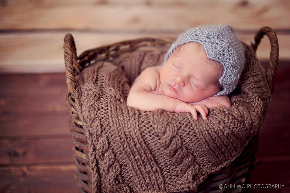 newborn-photo-shoot-at-home-london-uk-ann-wo