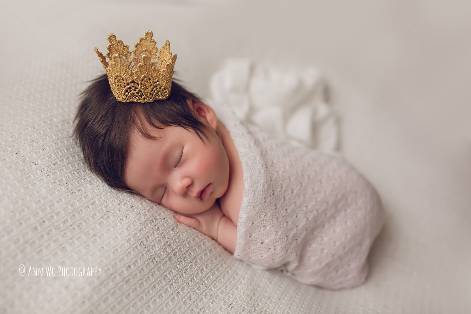 ann-wo-baby-photography-london-home-session-newborn-girl-cute-03.JPG