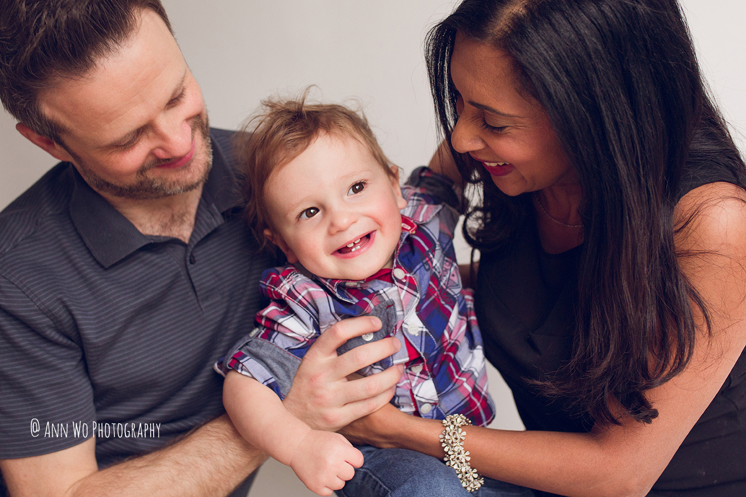 ann-wo-child-photograph-london-lifestyle-session-toddler-boy-family-pictures-09.JPG