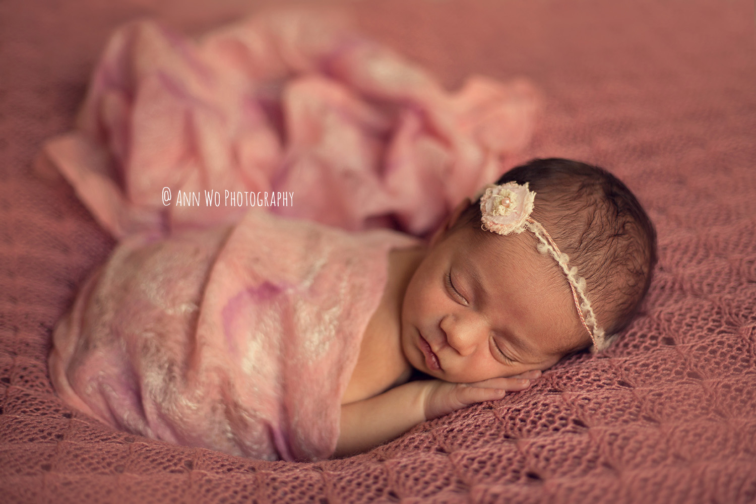 Newborn photographer London dusty pink lace blanket