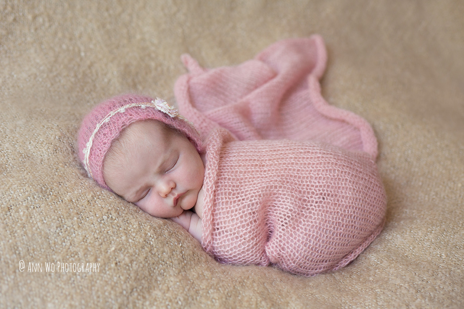 Newborn baby photographer in Uxbridge