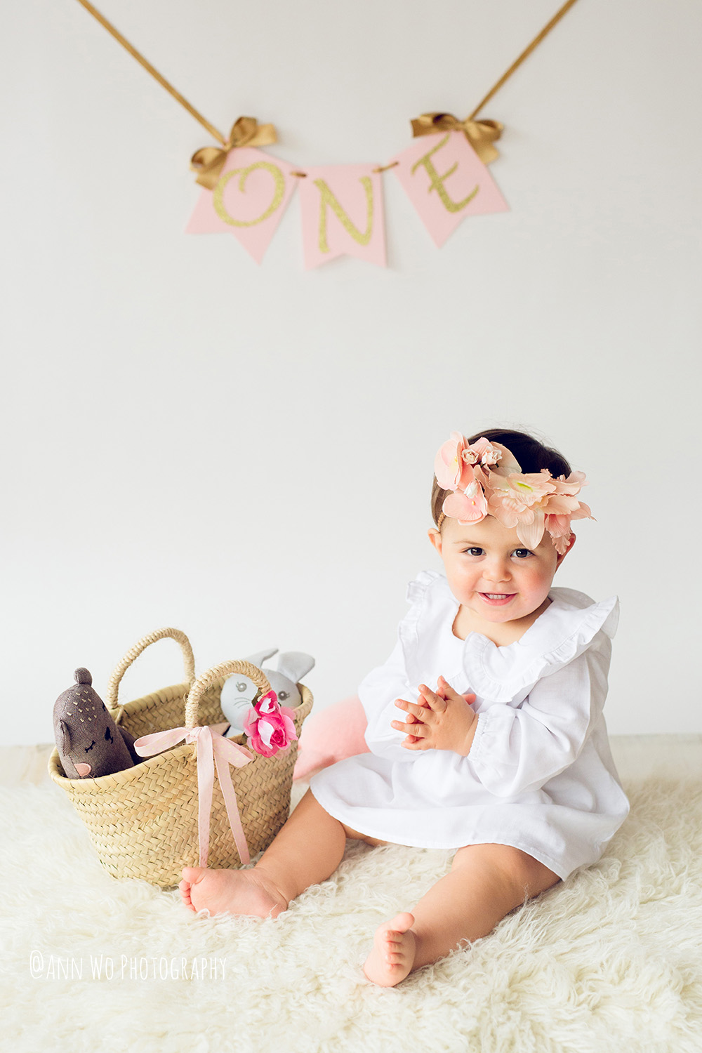 baby-photography-london-ann-wo-cake-smash-14.JPG