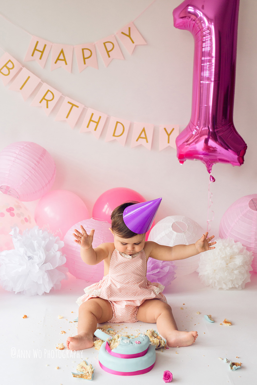 baby-photography-london-ann-wo-cake-smash-23.JPG