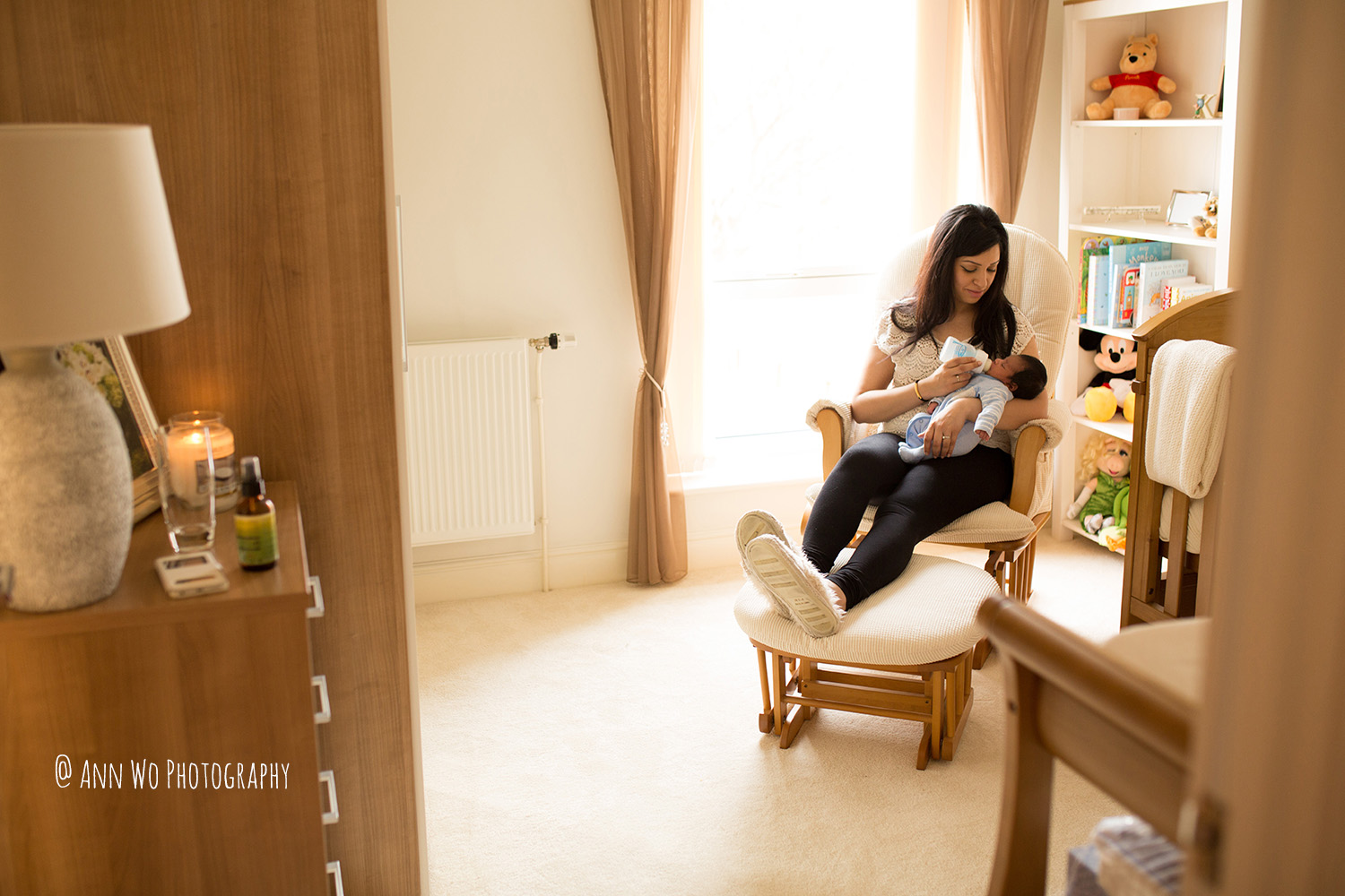022-newborn-photography-session-at-home-ann-wo-london-22.JPG