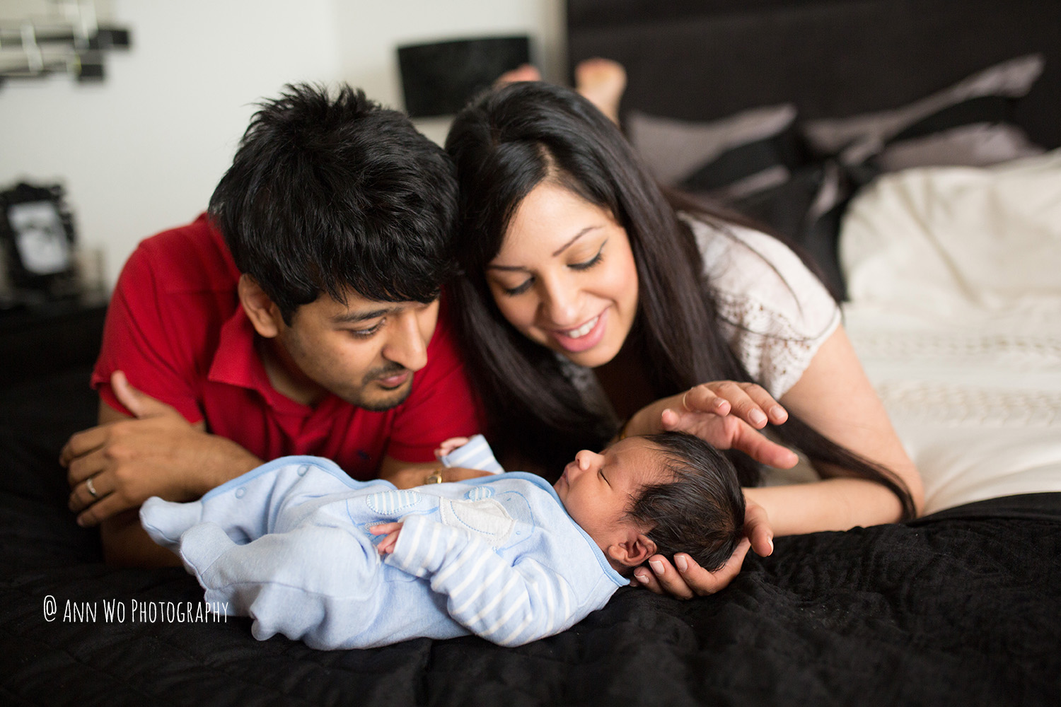 024-newborn-photography-session-at-home-ann-wo-london-24.JPG