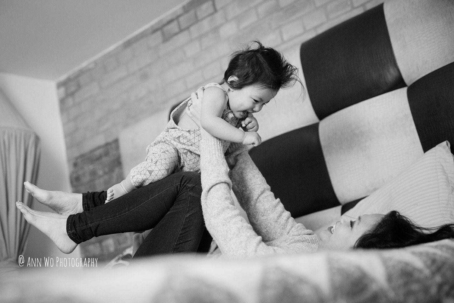 lifestyle-photography-london-family-baby-photoshoot-ann-wo-12.jpg