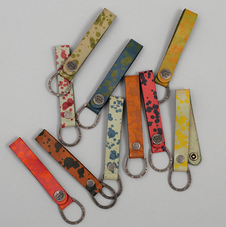 MULTI_COLOR_KEYCHAIN.png