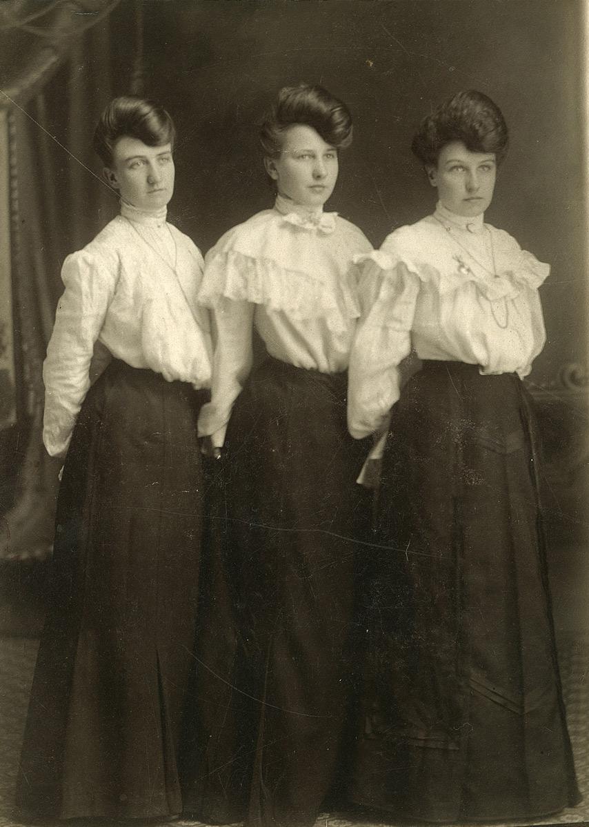 Spencer-sisters.jpg