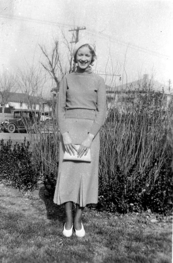 Girl_in_Dallas_1934.jpg