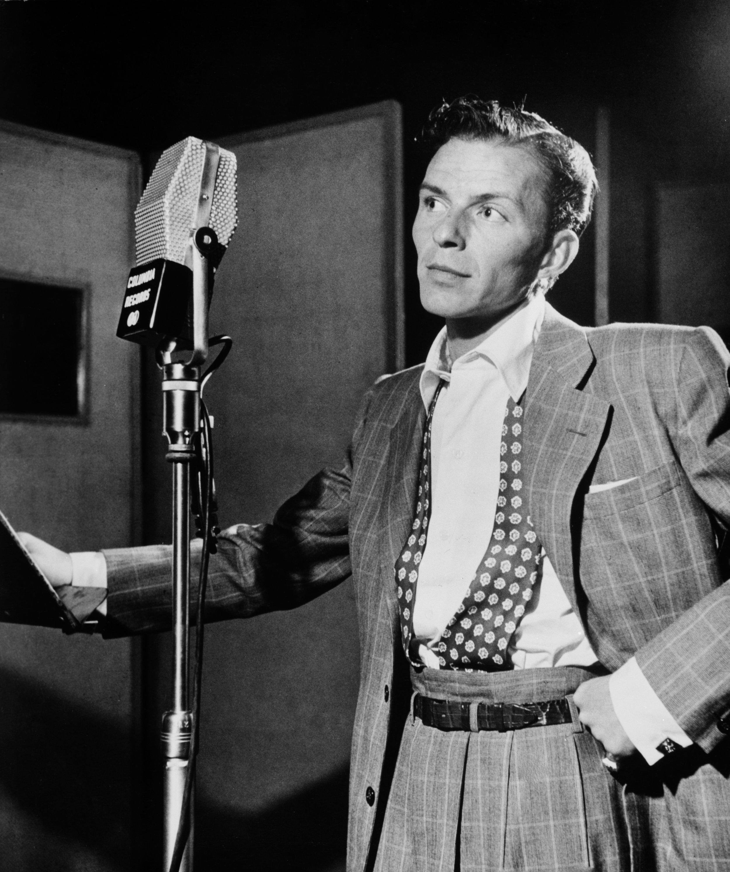 Frank_Sinatra_by_Gottlieb_c1947.jpg