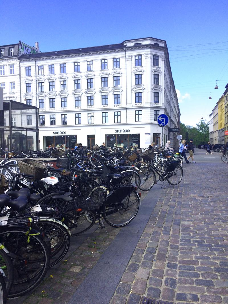Bikes outside of  Torvehallerne .
