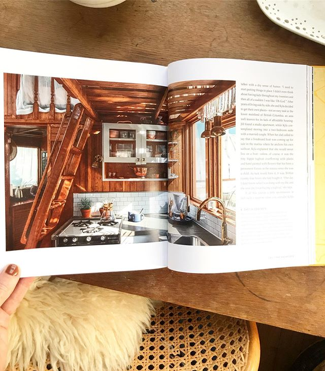 The day has arrived! Nomad is here. Thank you to the 26 homeowners who invited us into their unique homes (#airstreams, #skoolies, #vwvans, #boats, #tinyhomes #sprintervan #rv) to show us that you don't have to play by the rules. These gorgeous spaces beautifully photographed by @siancrichards are a testament to following your passion,  living small, bucking convention and seeking your own adventure. ⛵️🚐🚍⛴🚌 Can you believe this kitchen is in a liveaboard tugboat? 🤯  Thank you to @artisan_books and especially @bmonroe_itkin for making this book a reality. Also @mariaribas00 who was there from the start! 🙏🏻👏🏻💪🏻 #nomadbook #nomadbooks #ecoliving #sustainable #tinyliving #adventuretime #homeiswhereyouparkit homeonwheels