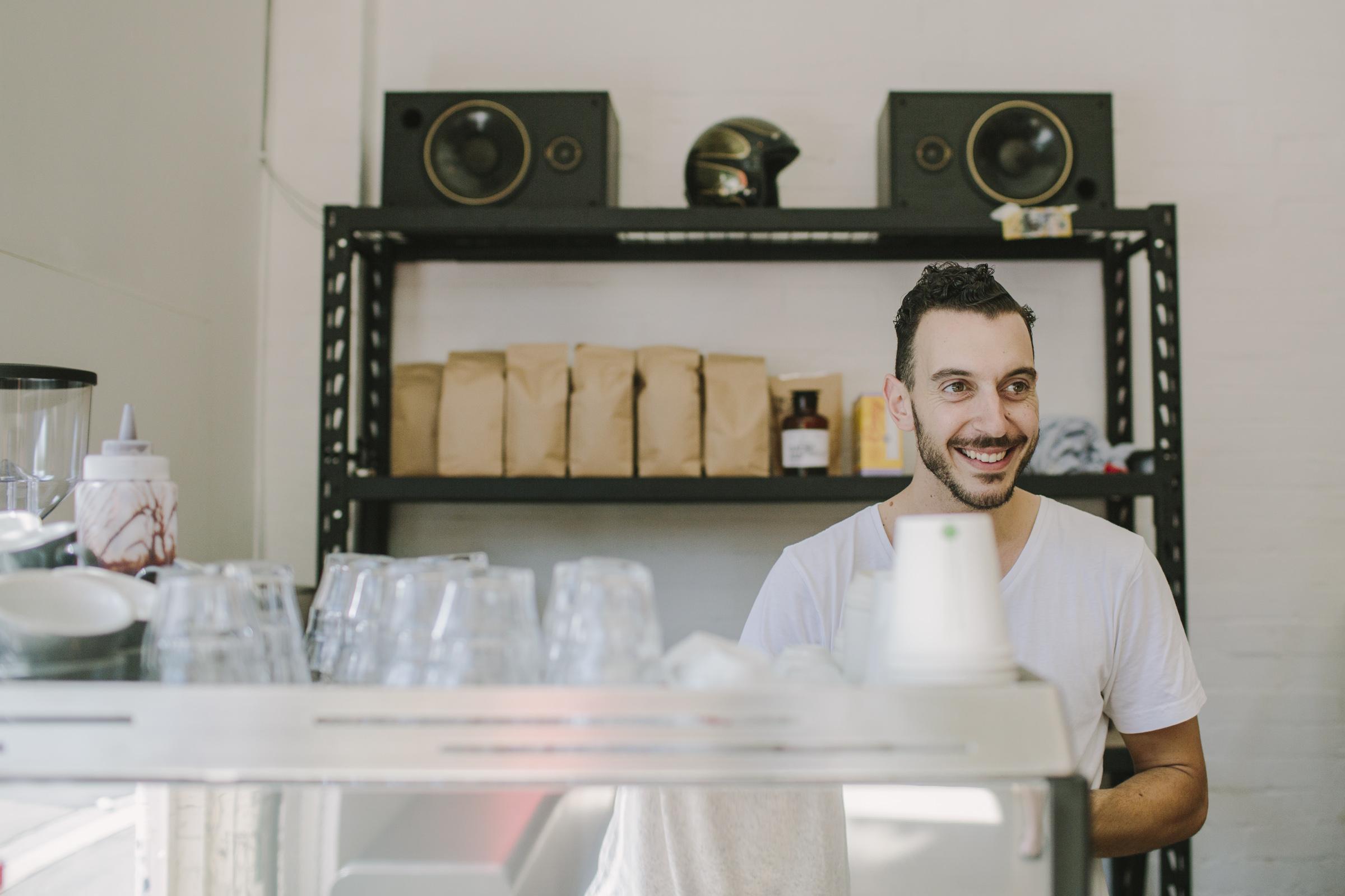 Daniel Cesarano (Coffee addict)
