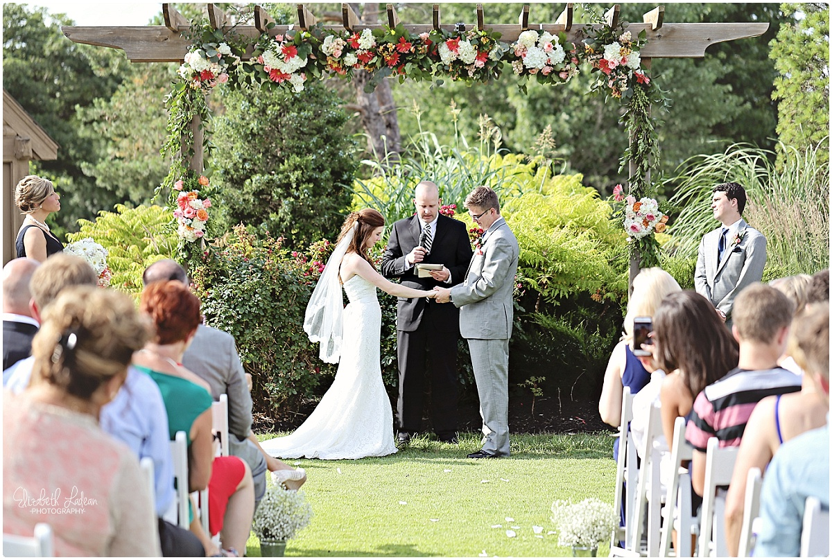 Kansas City Outdoor Wedding_.jpg