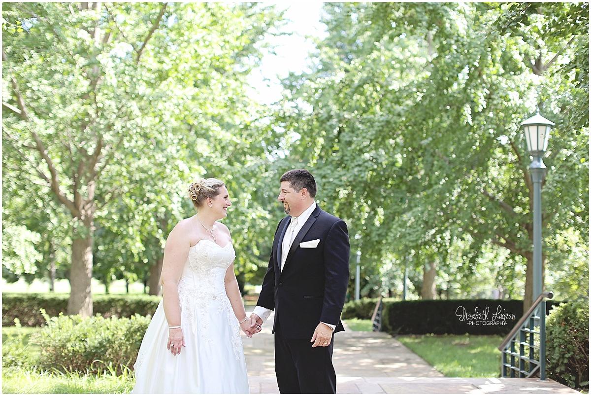 Kansas City Wedding Photography-L-D_1569.jpg