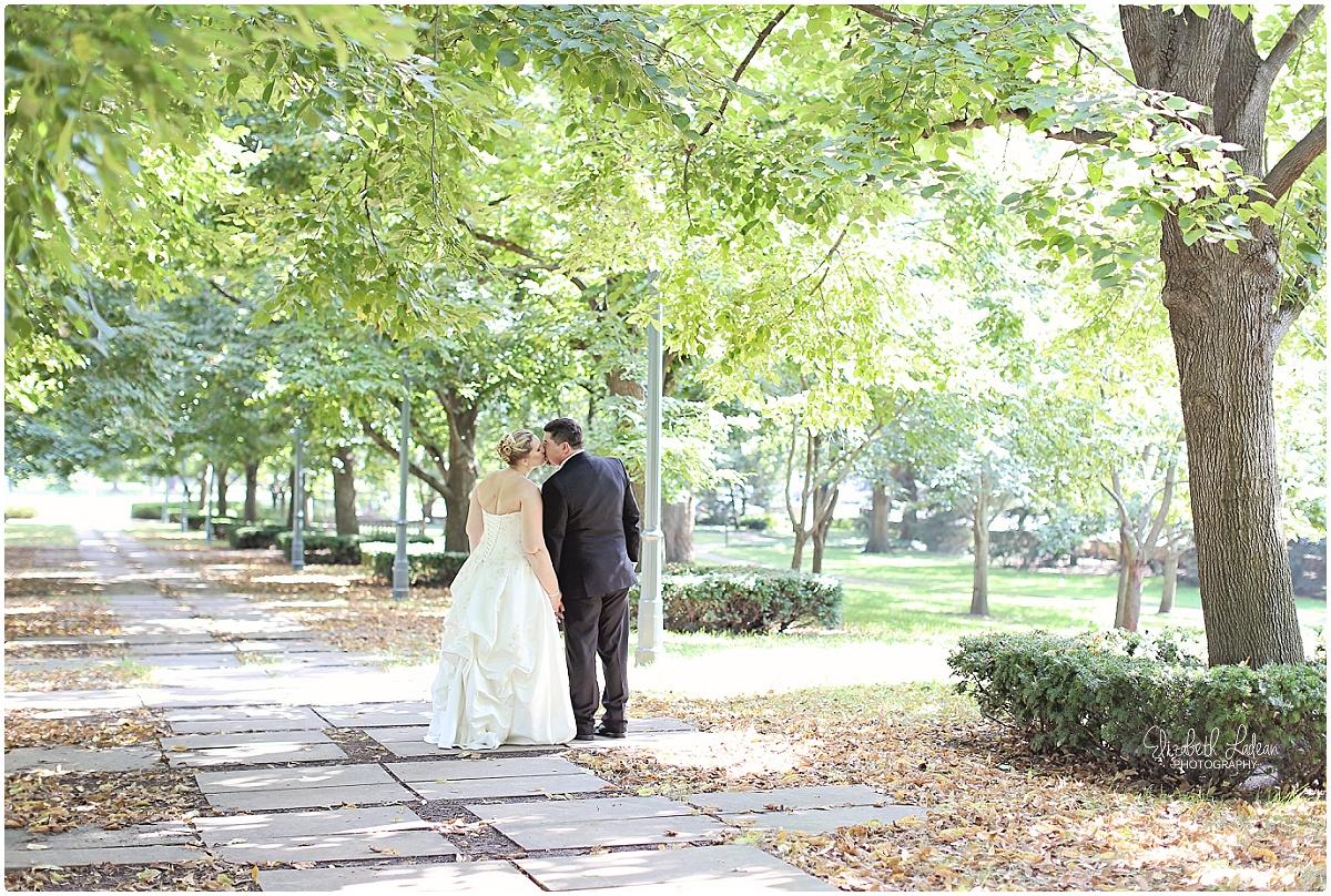 Kansas City Wedding Photography-L-D_1572.jpg
