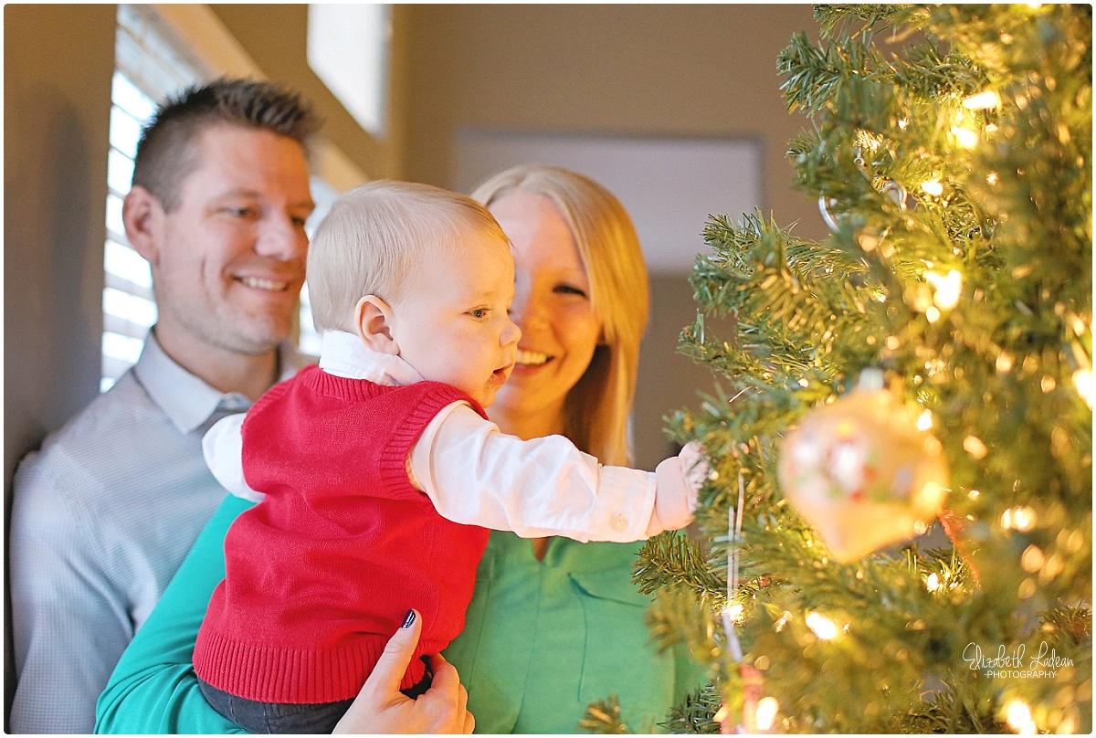 Kansas City Family Photography-Elizabeth Ladean-MiniChristmas-Sam_2015_3176.jpg