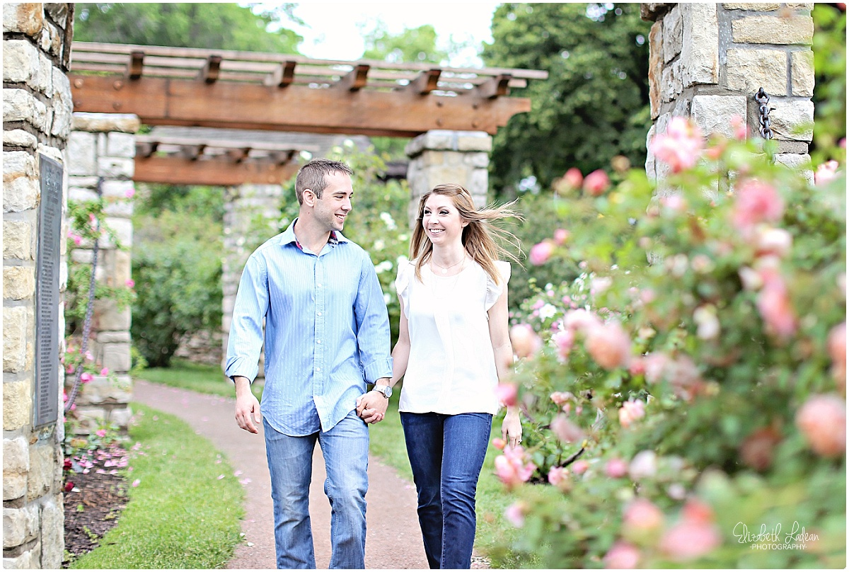Kansas City Photographer-Elizabeth Ladean-Best-Of-Engagement_2015_3354.jpg