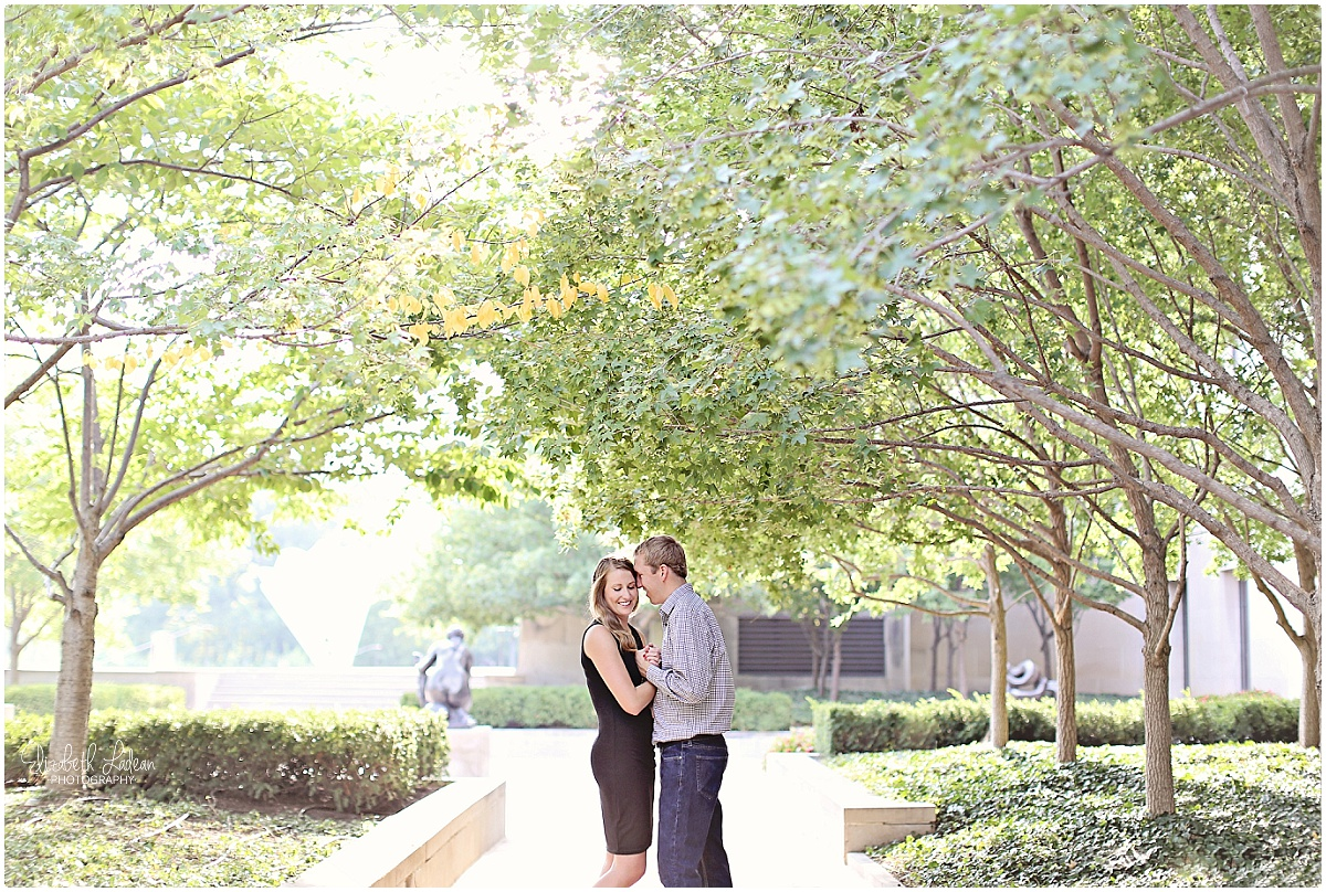 Kansas City Photographer-Elizabeth Ladean-Best-Of-Engagement_2015_3371.jpg