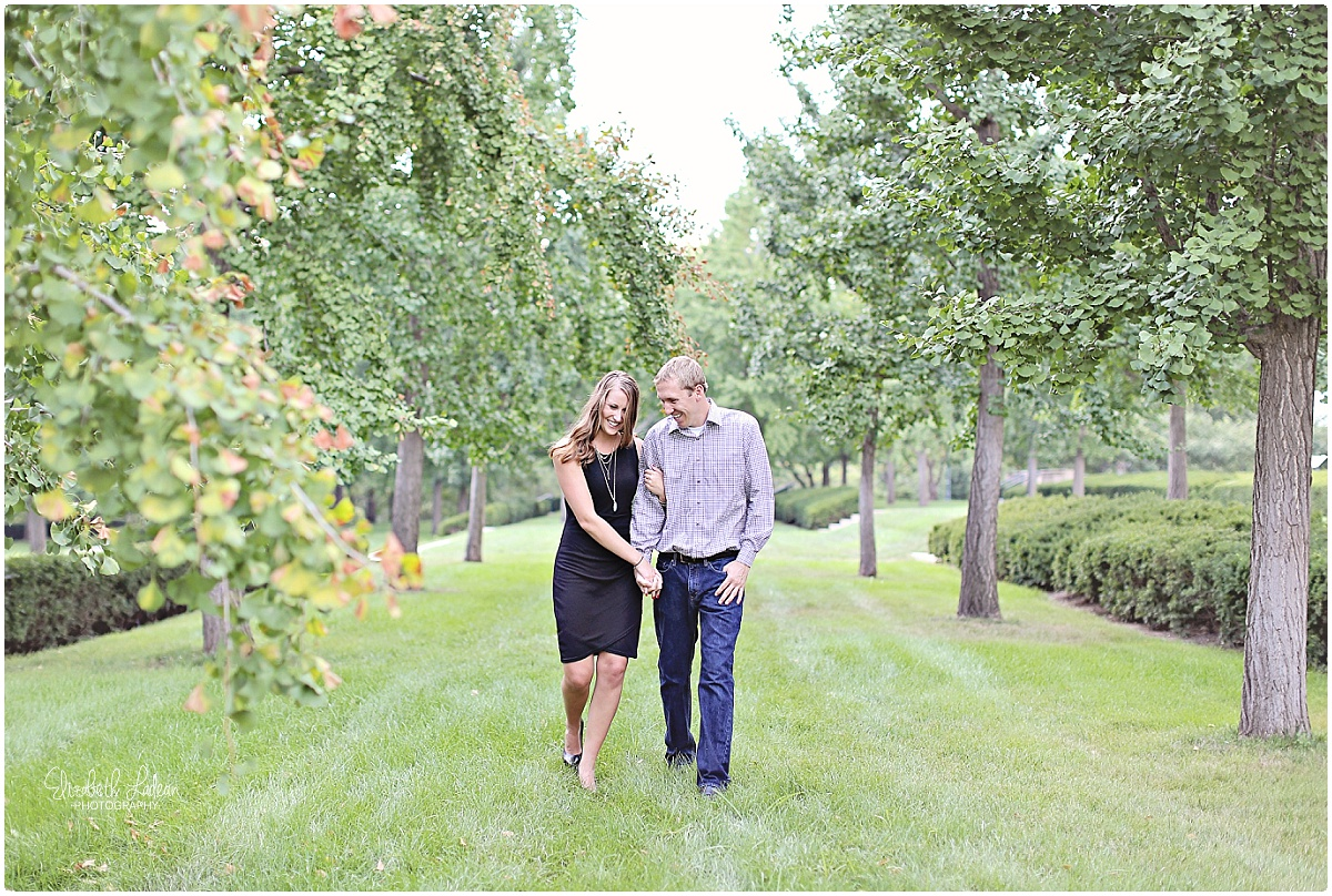 Kansas City Photographer-Elizabeth Ladean-Best-Of-Engagement_2015_3372.jpg